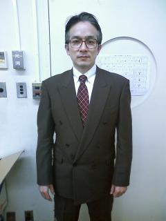 「駅前デパート」川上部長